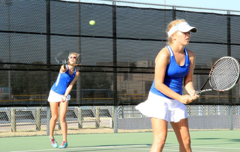 Tennis faces off against Timberwolves, Patriots