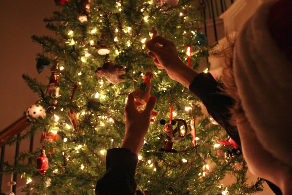 Artificial+Trees+Spread+Real+Christmas+Joy