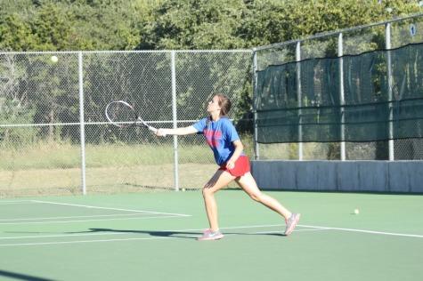 Tennis Has Close Game Against Marble Falls