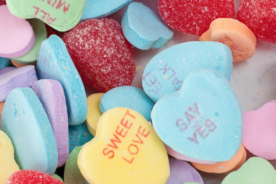 Candy hearts are one of the many gifts that are widely popular on Valentine's Day.