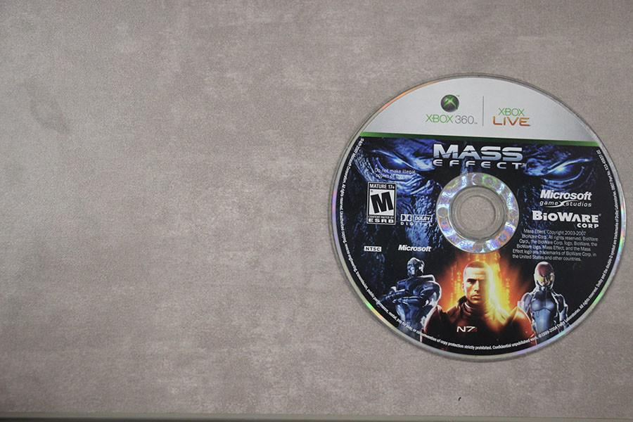 Mass Effect is available on Xbox 360, PC, and PS3.