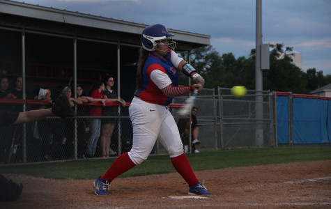 Softball clinches playoffs