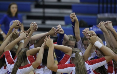 Volleyball teams defeated by Round Rock