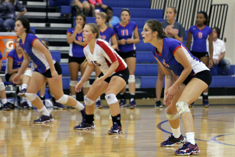 Volleyball comes up short against Lady Rangers