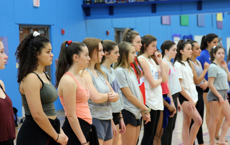 Blue Belles hold holiday workshop
