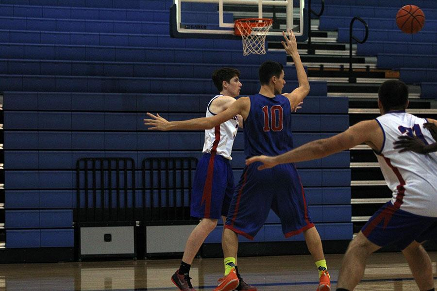 Sophomore JV player Alex  Djukic (10) in practice before the game. The boys practiced at Leander before the game, but played it at Rouse.