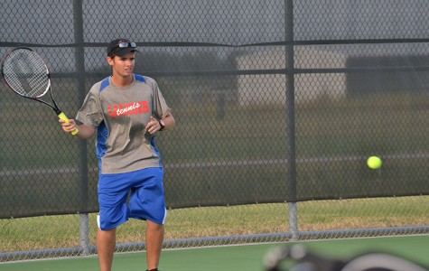 Tennis team gets two doubles victories