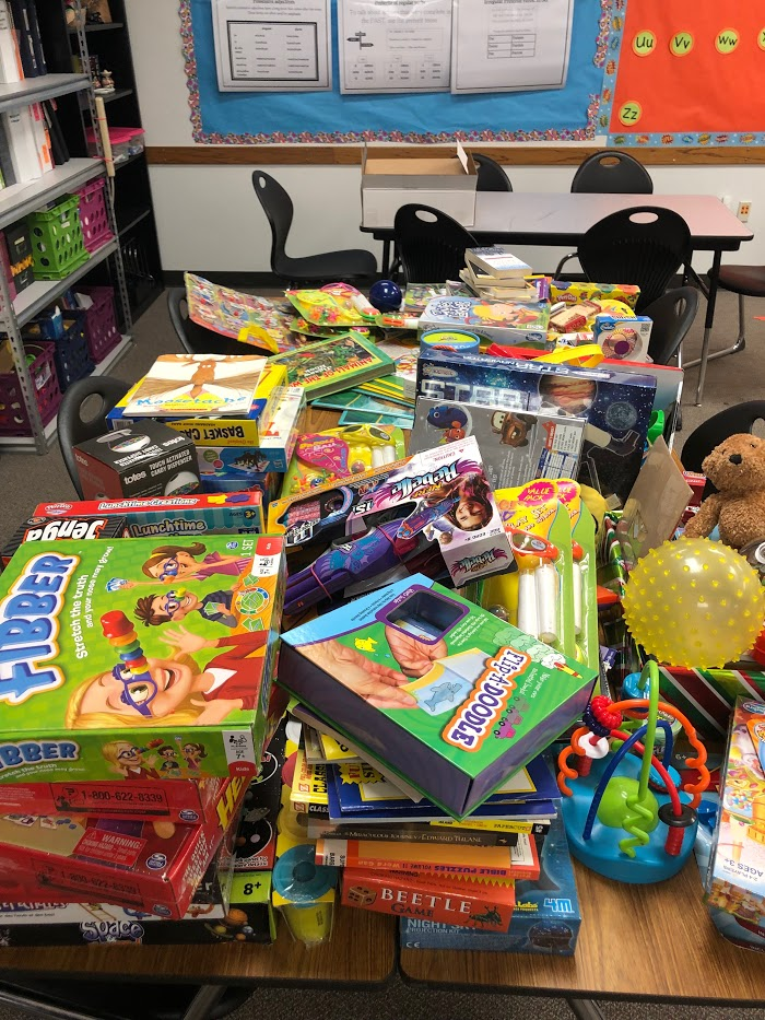 Spanish Club receives a lot of toys