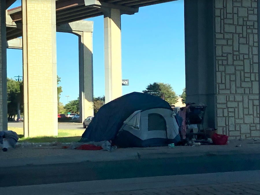 Camps%2C+like+the+one+pictured+under+US+Highway+183%2C+will+be+banned+in+10+days.