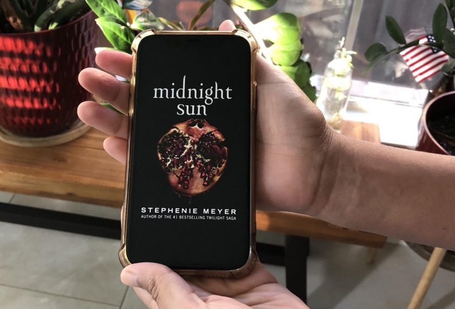 %22Midnight+Sun%22+by+Stephenie+Meyer+was+released+on+Aug.+4%2C+2020.
